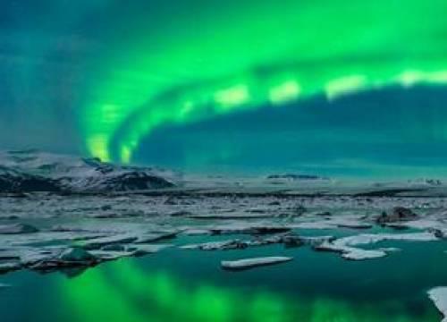 Vé máy bay đi Iceland giá rẻ